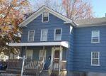 Foreclosed Home en PARKER AVE N, Meriden, CT - 06450