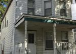 Foreclosed Home en PASSAIC ST, Dover, NJ - 07801