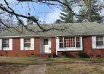 Foreclosed Home en SAINT MATTHEWS LN, Spartanburg, SC - 29301