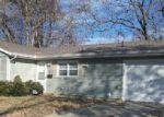 Foreclosed Home en WINSTON DR, Champaign, IL - 61821