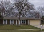 Foreclosed Home en CORLEY DR, Elgin, IL - 60120