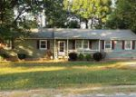 Foreclosed Home en ROSEBUD CT, Prince George, VA - 23875