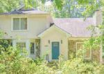 Foreclosed Home en RAMBLING WOODS DR, Lawrenceville, GA - 30043