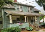 Foreclosed Home en DANIELSON PIKE, North Scituate, RI - 02857