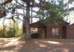 Foreclosed Home en CREEKFORD DR, Lithonia, GA - 30058