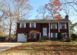 Foreclosed Home en ASHEVILLE ST, Toms River, NJ - 08753