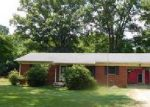 Foreclosed Home en HIGHWAY 64 E, Selmer, TN - 38375