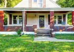 Foreclosed Home en TAYLOR AVE, Louisville, KY - 40213