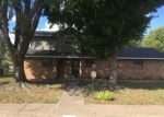 Foreclosed Home en LANKFORD AVE, Springdale, AR - 72762