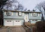 Foreclosed Home in OAKRIDGE DR, Bay Shore, NY - 11706