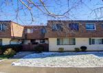 Foreclosed Home en FELLER DR, Central Islip, NY - 11722