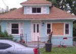 Foreclosed Home en E COLUMBIA ST, Hempstead, NY - 11550