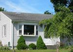 Foreclosed Home en VINEYARD RD, Warwick, RI - 02889