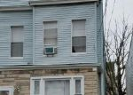 Foreclosed Home en BAYVIEW AVE, Jersey City, NJ - 07305