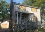 Foreclosed Home en MERCURY ST, Somerset, NJ - 08873