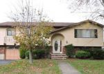 Foreclosed Home en PRINCE ST, Taylor, PA - 18517