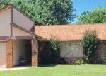 Foreclosed Home en W FULTON ST, Broken Arrow, OK - 74012