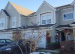 Foreclosed Home en S LANCELOT LN, Palatine, IL - 60074