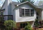 Foreclosed Home en FERNWOOD RD, Hamden, CT - 06517