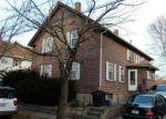 Foreclosed Home en WALNUT ST, Johnston, RI - 02919