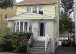 Foreclosed Home en WOODLAND AVE, Little Ferry, NJ - 07643