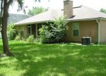 Foreclosed Home in CANOPY OAKS DR, Jacksonville, FL - 32256
