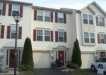 Foreclosed Home en ORCHARD VIEW RD, Reading, PA - 19606