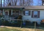 Foreclosed Home en ROOSEVELT AVE, Dover, NJ - 07801