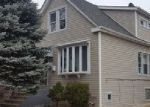 Foreclosed Home en W ADDISON ST, Chicago, IL - 60634