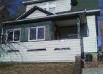 Foreclosed Home en BRONX AVE, Bridgeport, CT - 06606