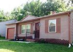 Foreclosed Home en JACKSON AVE, Kansas City, MO - 64130