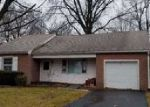 Foreclosed Home en S 8TH ST, Quakertown, PA - 18951