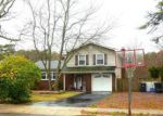 Foreclosed Home en MELLO LN, Toms River, NJ - 08753
