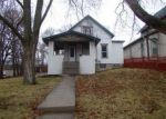 Foreclosed Home en SENECA ST, Elgin, IL - 60120