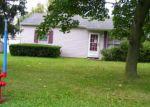 Foreclosed Home en ISHERWOOD DR, Niagara Falls, NY - 14305