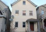 Foreclosed Home en LIVINGSTON ST, Elizabeth, NJ - 07206
