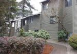 Foreclosed Home en SE FREEMAN WAY, Portland, OR - 97222