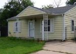 Foreclosed Home en N FLORA ST, Wichita, KS - 67212