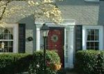 Foreclosed Home en DEERFIELD LN, Woodbridge, VA - 22191