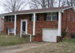 Foreclosed Home en GREENWICH WAY, Louisville, KY - 40218