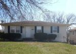 Foreclosed Home en NW 67TH ST, Kansas City, MO - 64118