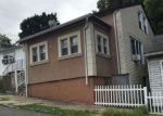 Foreclosed Home en DIXON AVE, Paterson, NJ - 07501