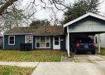 Foreclosed Home en GELPI DR, Lake Charles, LA - 70615