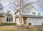 Foreclosed Home en ERIN DR, Cary, IL - 60013