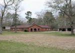 Foreclosed Home en THOMAS LN, Huffman, TX - 77336