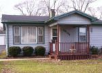 Foreclosed Home en N CHARLESTON RD, Waukegan, IL - 60087