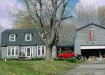 Foreclosed Home en GREEN HOLLOW RD, Moosup, CT - 06354