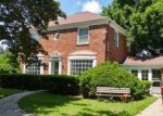 Foreclosed Home en WOLFF AVE, Elgin, IL - 60123