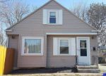 Foreclosed Home en ORIOLE AVE, West Warwick, RI - 02893