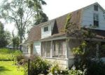 Foreclosed Home en LONGFELLOW AVE, Toms River, NJ - 08753